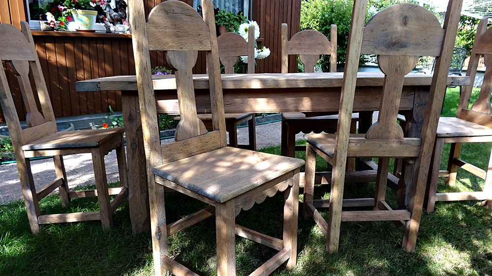 6 Sehr robuste Stühle