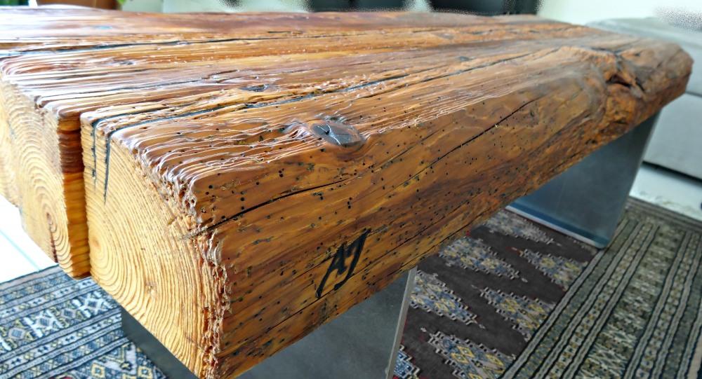 Der unverkennbare Echtheitsstempel welcher für Original AJ Holzdesign steht