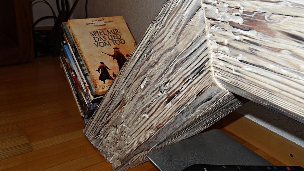 seitliches Ablagesystem für DVD's
