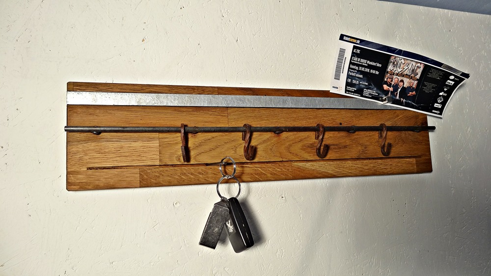 Minigarderoben für Jacken, Schlüssel, Magnete, Spiegel...