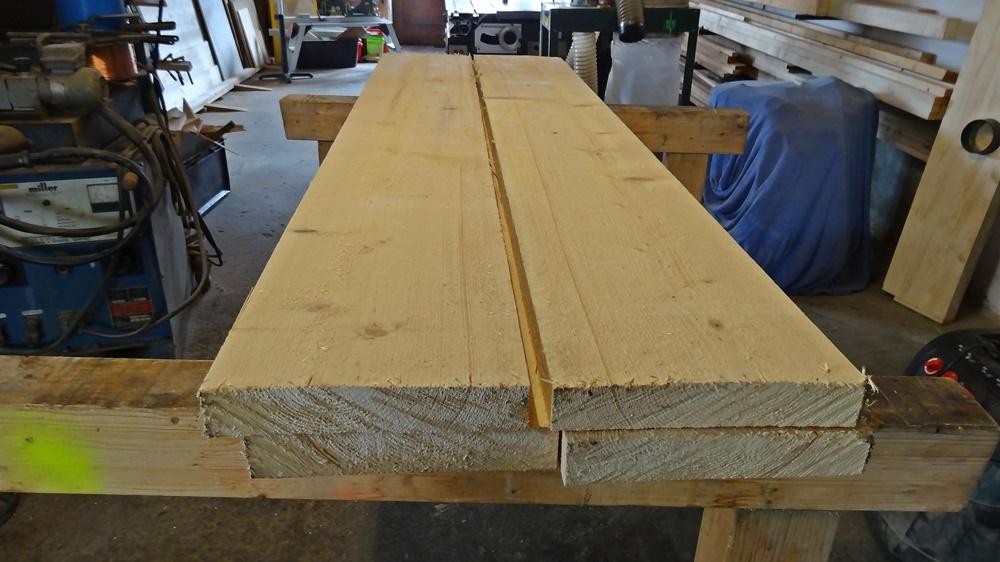 Das Rohe Holz mit welchem der Tisch gefertigt wurde